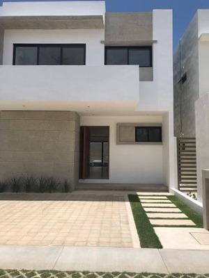 Casa En Venta Y Renta Residencial Aqua Alberca, Fitness