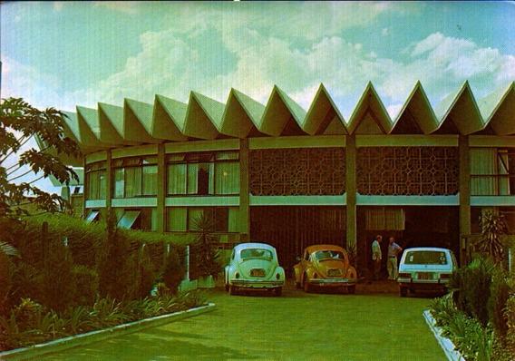 Cac-47739- Postal Cascavel, P R - Fundo Da Catedral