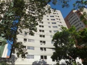Apartamento En Venta El Parral, Valencia Cod 20-9036 Ddr