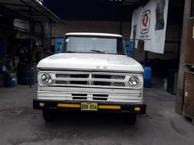 Camion Dodge 300