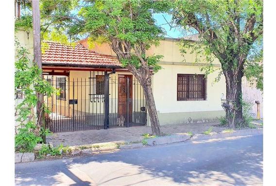 Casa + Venta + Temperley + 4 Ambientes + Cochera