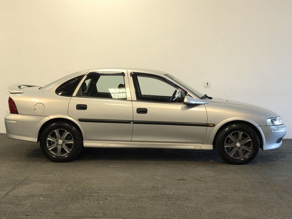 Chevrolet Vectra Sedan 2.2 16v 4p Gls