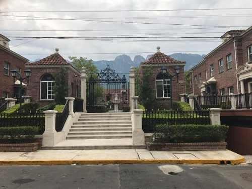 Casa En Valle Del Campestre, San Pedro Garza García