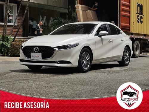 Mazda 3 Touring Skyactive_g - Autosport Medellín