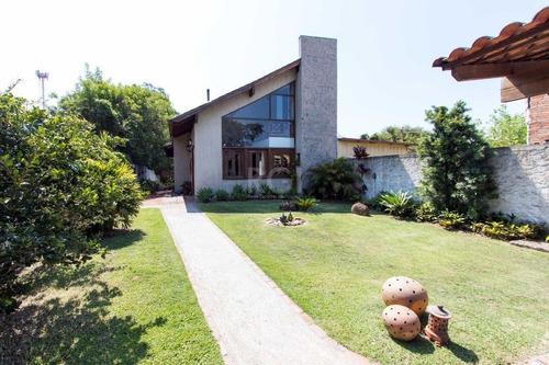 Casa Em Ponta Grossa Com 3 Dormitórios - Lu430278