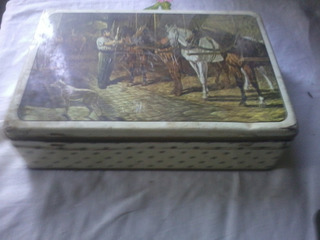 Caja De Lata Antigua