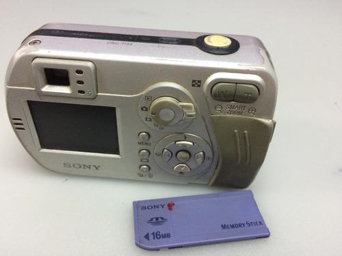 Câmera Fotográfica Sony Cyber-shot 3.2 Mega Pixels Dsc-p32