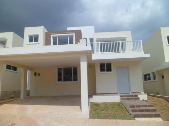 Vendo Casa En Ph Brisas Point, Brisas Del Golf 19-2043**gg**