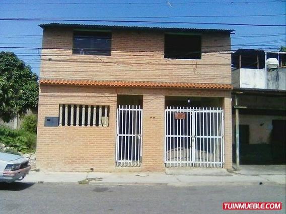 Casa Calle La Democracia