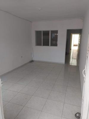 Apartamento En Venta Manrique Central 191-2755