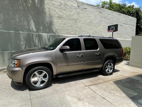 Imagen 1 de 15 de Chevrolet Suburban C Lt 2013