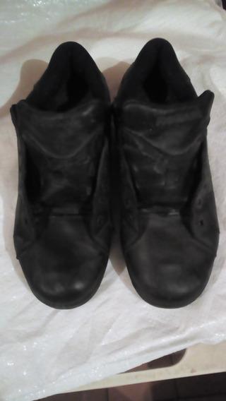 Zapatos Reebok Classic. Usados En Buen Estado. Talla 11.