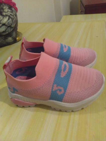 Vendo Zapatos Nuevos Marca Bloom Talla 27