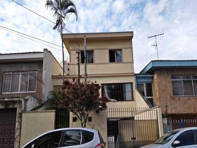 Sobrado Residencial 146m²ac,. 3 Dormitórios, 2 Banheiros Social,sala 2 Ambientes, Lavabo, Quintal - 226-im240294