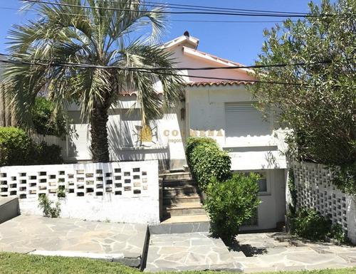 Casa En Alquiler Posta Del Cangrejo La Barra- Ref: 3505