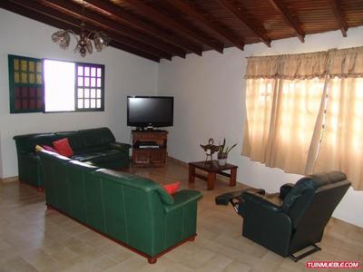 Casas En Venta Mls #19-13336