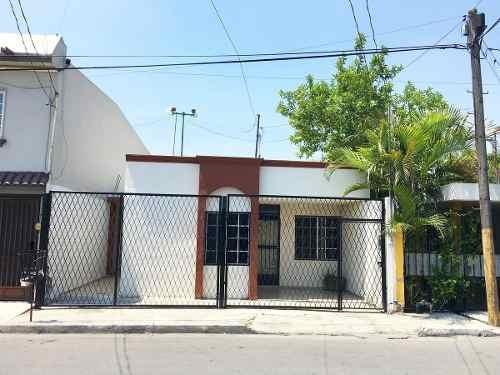 Casa En Venta En El Fundador, San Nicolas De Los Garza