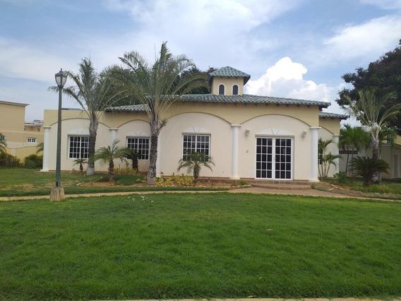 Alquiler Casa En Villa Cerrada Maracaibo
