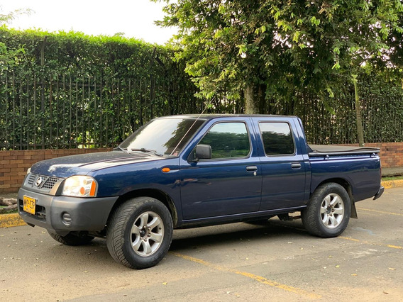Nissan Frontier Doble Cabina 4x2 Np300 D22 Gasolina-gas