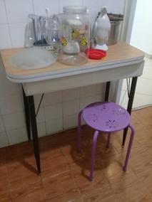 Mesa Para Copa-cozinha, Abre E Dobra Em Fórmica/bom Estado