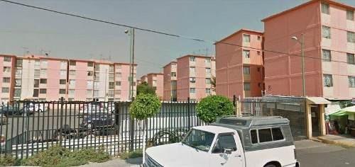 Remate - Departamento Residencial En Venta En Colonia Albarrada, Iztapalapa, Distrito Federal - Aut1354