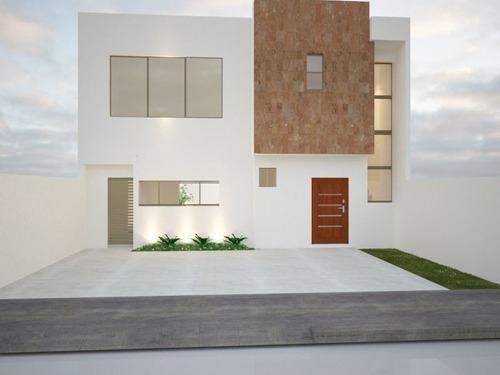 Casa En Nuevo Yucatán, Mérida
