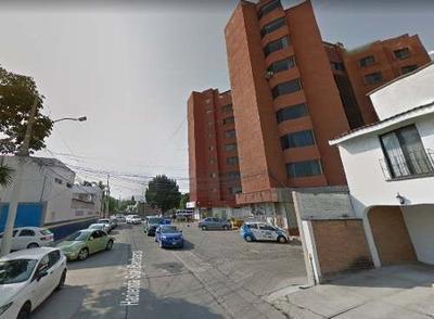 Venta De Departamento En Col. El Jacal, Querétaro