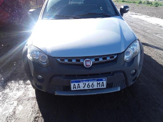Fiat Strada Adventure Con Loker
