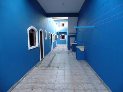 Aluga-se Casa Em Suzano De 2 Cômodos E 1 Banheiro.