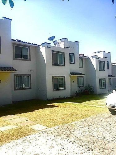 Casa En Venta Lomas De Ahuatlan $1,450,000.00 En Condominio