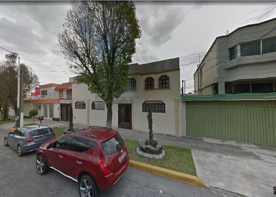 Casa Cto Juristas Cd Satélite Remate Hipotecario Gs W