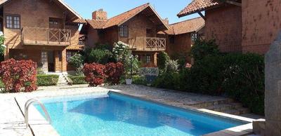 Linda Casa Em Gravatá C/ 4 Qts , 2 Sts , Toda Mobiliada - Piscina 280 Mil - Ca0195