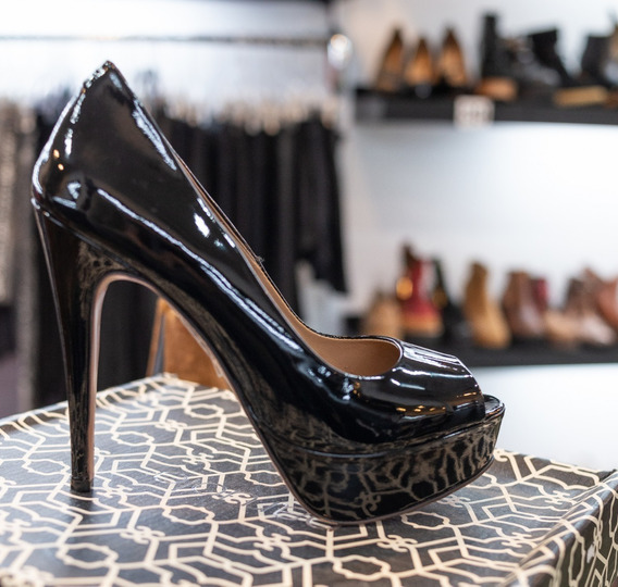 Zapatos Stilettos Paruolo Cuero Boca De Pez