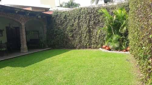 Casa Sola, Zona Dorada, Cuernavaca Morelos.
