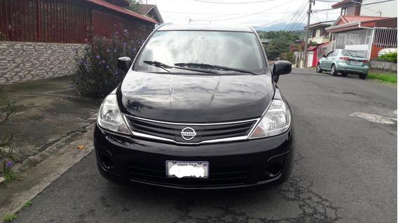 Nissan Tiida 2011 Negro