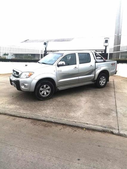 Toyota Hilux 3.0 I Srv Cab Doble 4x4 (2009) 2010