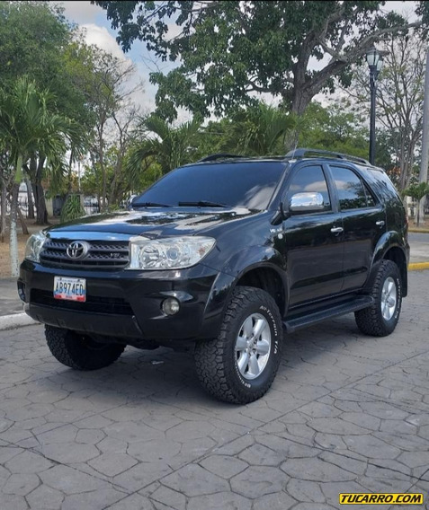Toyota Fortuner Automatico Sr