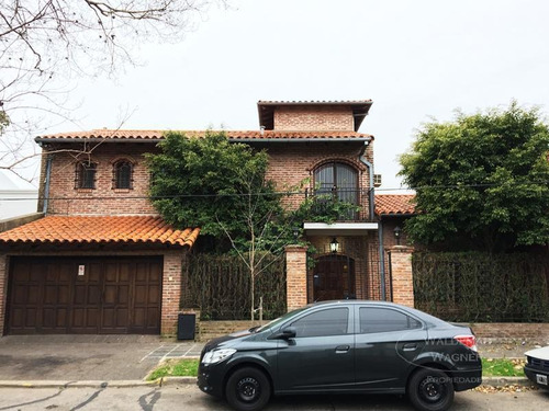 Casa 6 Amb C/ Jardín Y Pileta-florida