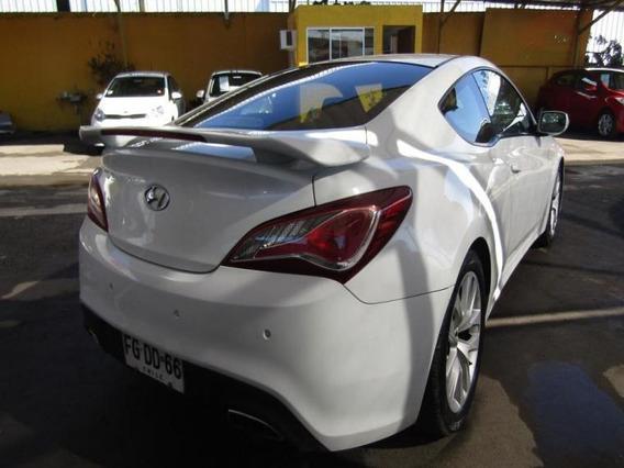 Hyundai Genesis 2.0t2.0t 2013