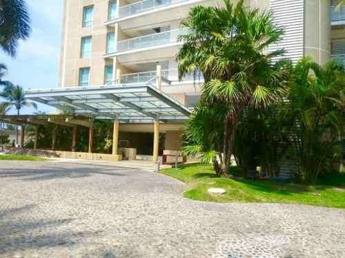 Acapulco Diamante. Amplio Departamento En Conjunto Palmaris, En La Mejor Zona De Playa Diamante