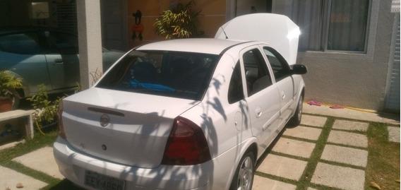 Chevrolet Corsa Sedan Premium 1.8