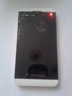 Celular Blackberry Z10 Chip Abajo Pantalla Partida