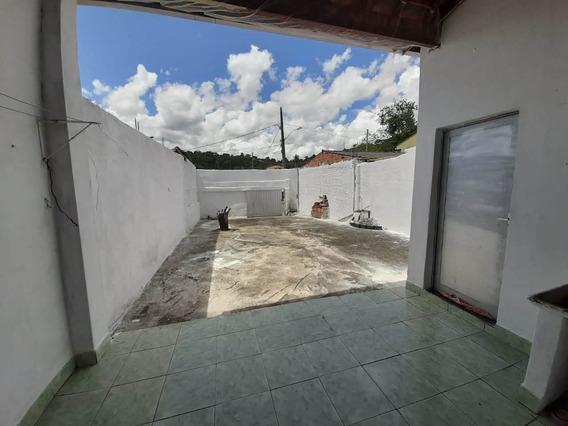 Casa Com 3 Cômodos E 1 Banheiro