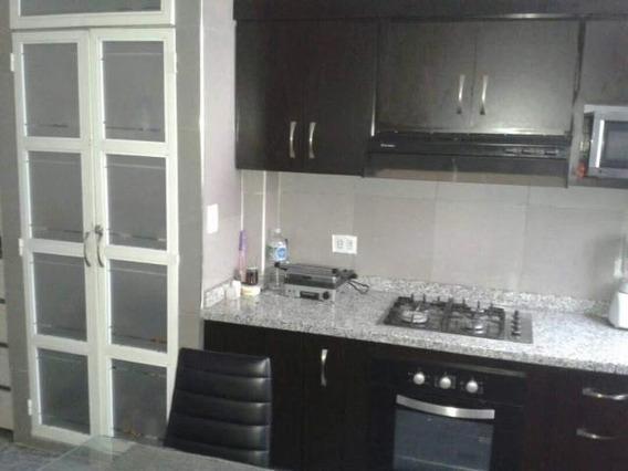 Casas En Venta Cabudare 20-12524 Rg