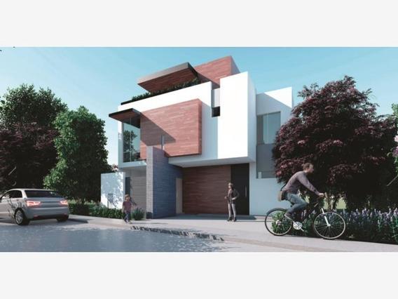 Casa Sola En Venta Alcazar Residencial (nueva)