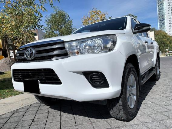 Toyota Hilux Sr Doble Cabina 4x2 2016