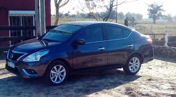 Nissan Versa 2017 Extra Full-sin Un Detalle-financio Permuto