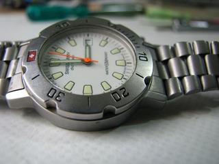 Reloj Swiss Army Junior Original Sumergible Metal Opaco Gar.