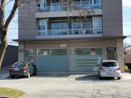 Local En Alquiler Anual -   Venta En Maldonado