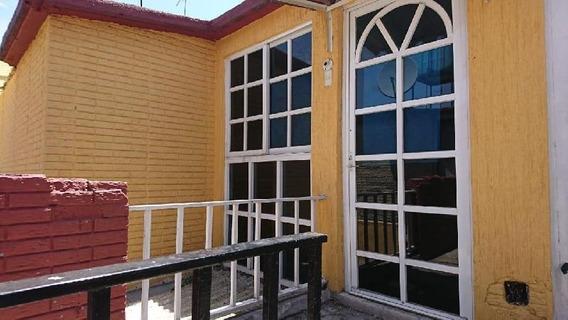 Departamento En Renta En Culhuacán Ctm Sección V, Coyoacán, Distrito Federal
